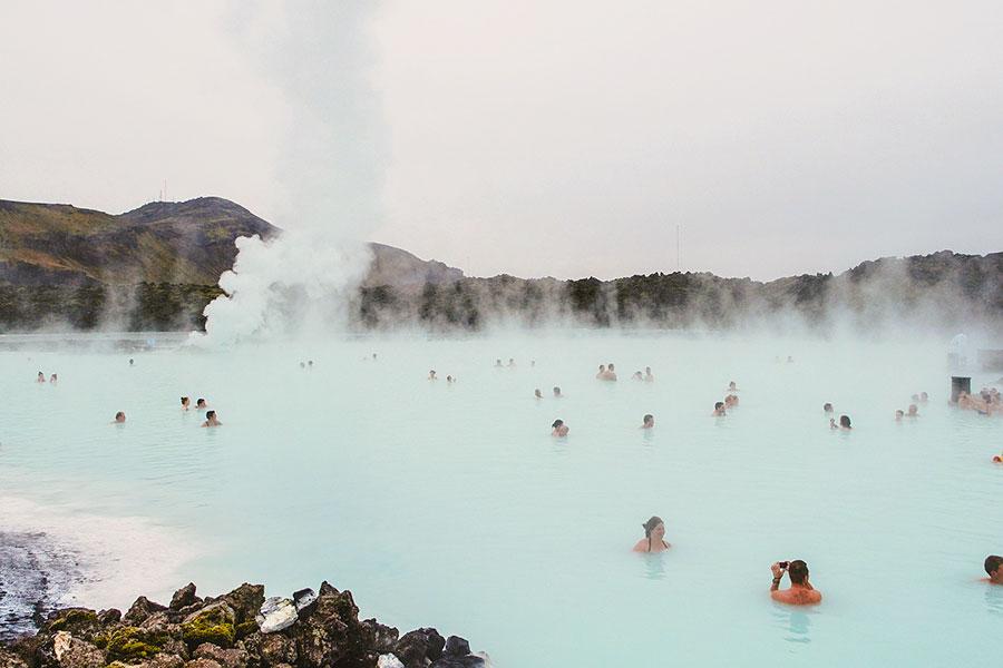 Blå lagunen hälsobad på Island som hjälper mot sjukdomar