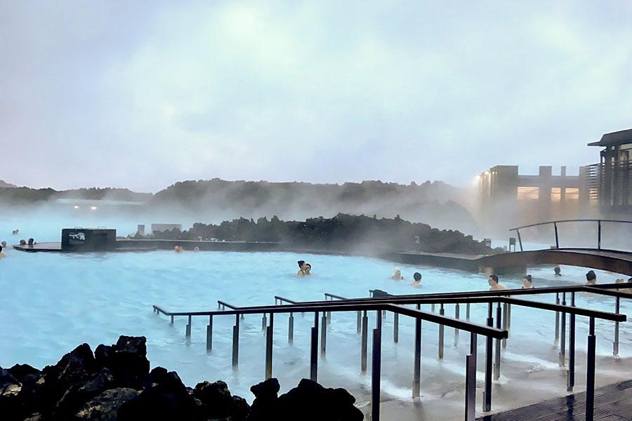 Blå lagunen på Island är rik på vitaminer och mineraler Island